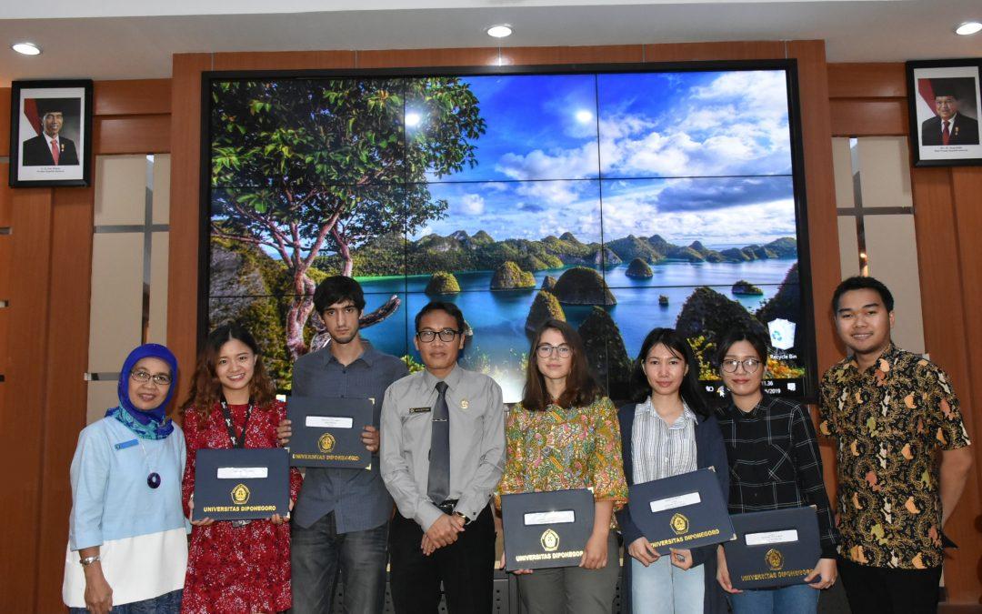 Universitas Diponegoro – Darmasiswa Students Academic Year 2018/2019 Graduation